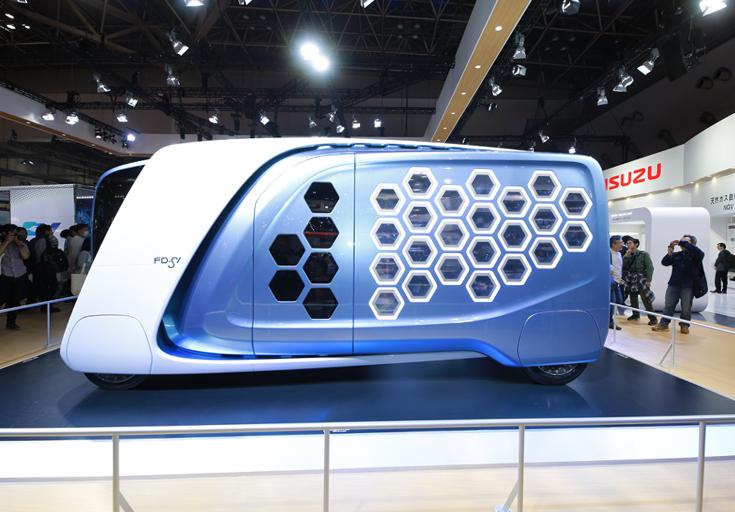 東京モーターショー2017いすゞ自動車コンセプトカーFD-SI横