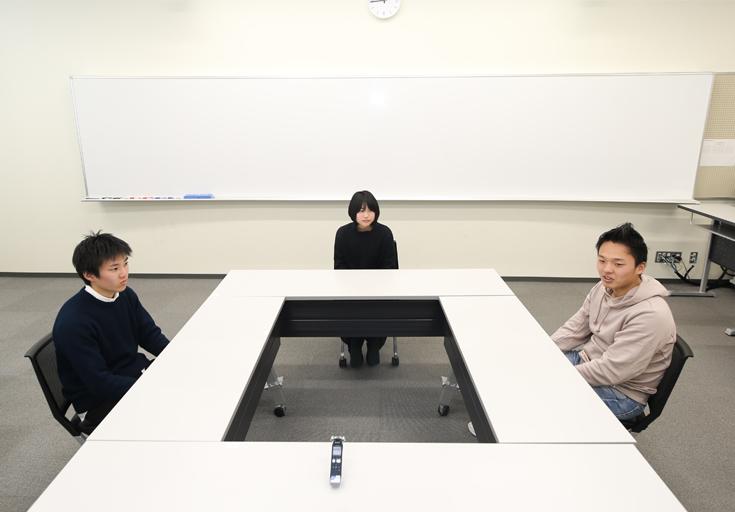 関東学院大学学生座談会01
